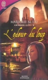 www.bibliopoche.com/thumb/Crimson_city_Tome_II__L_odeur_du_loup_de_Marjorie_M_Liu/200/0270359.jpg