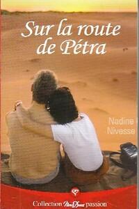 www.bibliopoche.com/thumb/Sur_la_route_de_Petra_de_Nadine_Nivesse/200/0421995.jpg